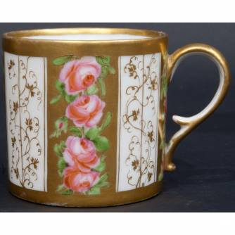 Чашка с блюдцем «Розы»