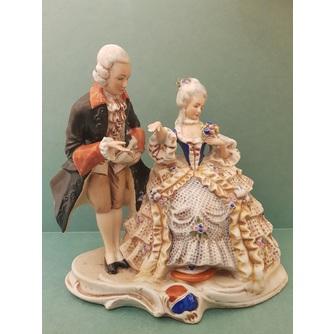 Статуэтка «Дама с кавалером»